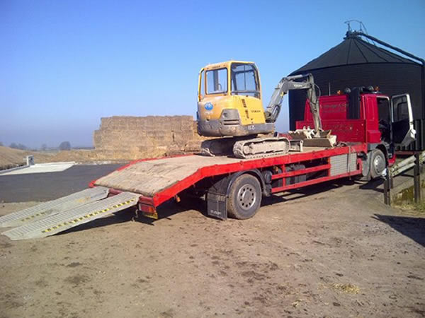 plant lorry with digger